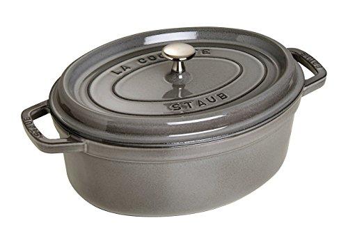 STAUB 1103318 Cocotte/Bräter, oval mit Deckel 33 cm, 6,7 L, mit mattschwarzer Emaillierung im Inneren des Topfes, graphitgrau