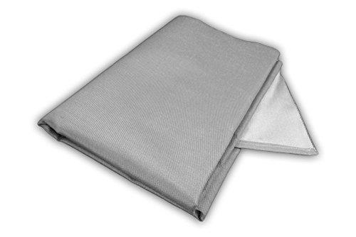Zettl Bodenschutzdecke bis 550°C, geeignet als feuerfeste Unterlage für Kamin, Grilldecke oder Grillmatte, Original hitzebeständige Bodenschutzmatte Grillschutzmatte, Größe quadratisch ca. 1m x 1m