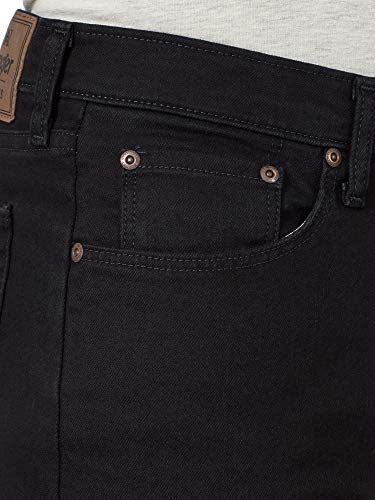 Wrangler Men's Classic Relaxed Fit Flex Jean