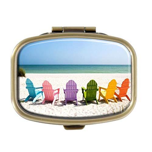 Pill Box - Adirondack Beach Stoelen Op Een Zon Strand Vakantie Reizen Huis - Decoratieve Pill Case met Gift Box - Pocket Rechthoekige Brons Roestvrij Staal Medicine Tablet Houder Organizer Pill Case voor portemonnee