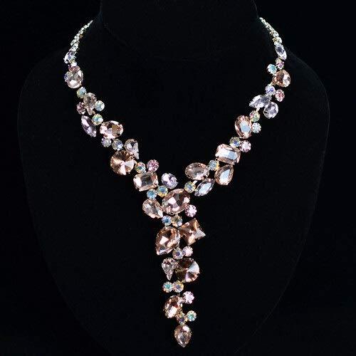 XKMY Joyería para mujer, collar de diamantes de imitación de lujo, joyería de novia, cristal especial, personalidad retro, accesorios de boda (color metálico: dorado)