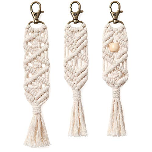 Mkono Mini Macrame Keychains Boho Macrame Bag Charms with Tassels Cute Handcrafted Accessories for Car Key Purse Phone Wallet Unique New Years Eve Party Supplies Gift, Natural White, 3 Pack