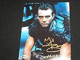 MICHAEL BIEHN Signed Aliens 8x10 Photo Hicks Autograph BAS BECKETT COA B