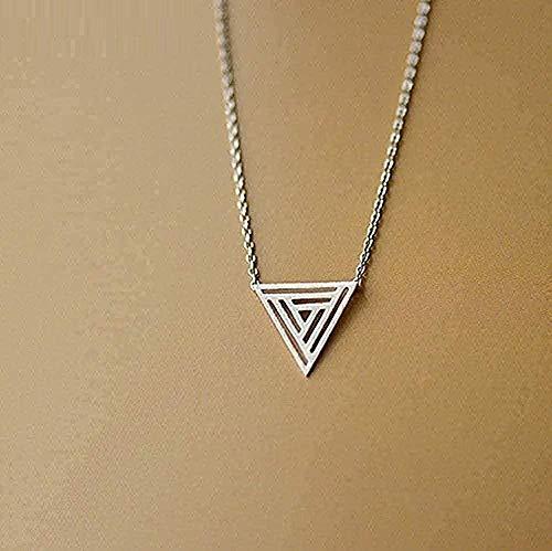 Yiffshunl Collar Mujer Collar para Mujeres Hombres Collar Cepillado Hueco Geométrico Triángulo Collar Personalidad Moda Joyería Casual Collar Colgante Cadena para Mujeres Hombres