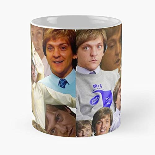 92Wear Mr G Summer Heights High Chris Lilley Compilation Collage Funny Greg Gregson - Best 11 Ounce Cerámica Coffee Mug Gift