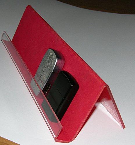 Espositore da vetrina per accendini tipo Zippo. In acrilico rivestito con carta vellutata colore rosso. Lunghezza cm. 30x 8hx9 largh.