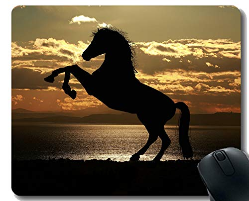 Kundengebundenes Gummi Mousepad Springende Landschaftspferdekavalleriedämmerung mit genähter Grenze