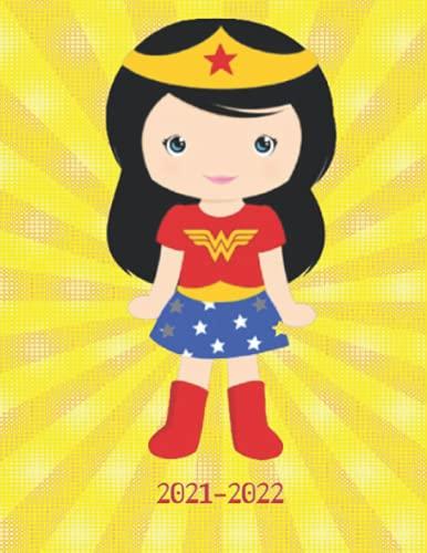 2021-2022: Week-View UK Academic Planner 2021-2022 / School Diary / 17x22cm / Wonderwoman