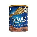 Ensure NutriVigor Integratore in Polvere, Multivitaminico Multiminerale con 27 Vitamine e Minerali, Integratore Alimentare con Proteine, Calcio e HMB, Confezione 850g, Gusto Cioccolato