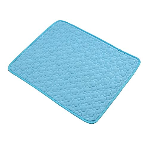 J The pet cooling pad with heat dissipation function can be washed and soothed the dog bed.