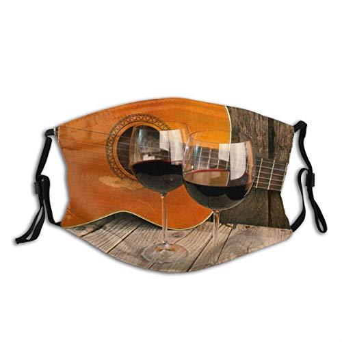 NANITHG Gesichtsbedeckung,Gitarre und Wein auf einem Holztisch Romantisches Abendessen Hintergrund,Winddicht Staubschutz Mund Bandanas Outdoor Camping Motorrad Running Neck Gamasche Mit 2 Filtern