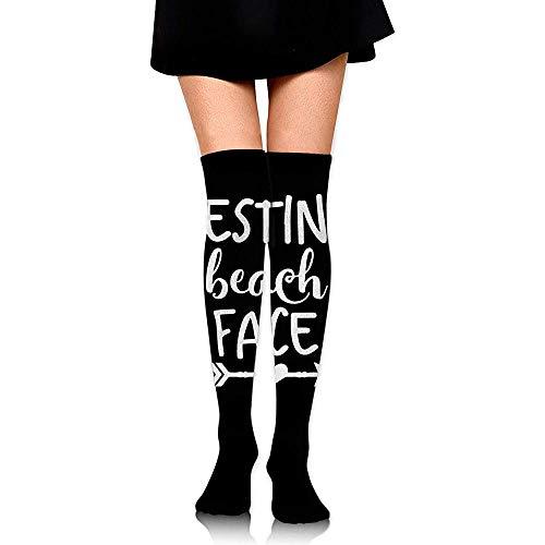 Jesse Tobias Der Stiefel-Schenkel-hohe Socken der stillstehenden Strand-Gesichts-Frauen über dem kniehohen Strumpf