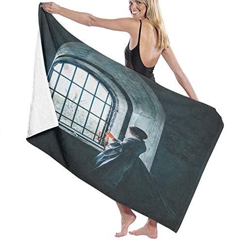 Grande Suave Ligero Toalla de Baño Manta,Mujer con Vestido Victoriano Delante de una Ventana de Estilo de la Edad Media,Hoja de Baño Toalla de Playa por la Familia Viaje Nadando Deportes,52' x 32'