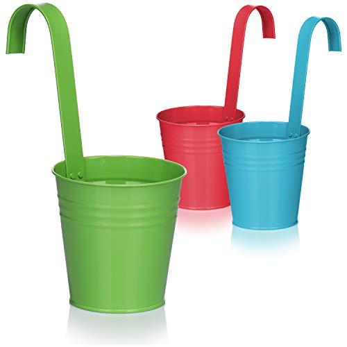 com-four® 3x Blumentopf zum Hängen für Balkon - Hängetopf in bunten Farben für Pflanzen und Kräuter - Pflanzenübertopf mit Haken für Garten [Auswahl variiert] (Metalltopf - mehr-farbig)