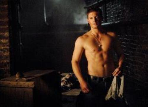 Jensen Ackles 8x10 photo SUPERNATURAL BARE Chest, shirt over arm