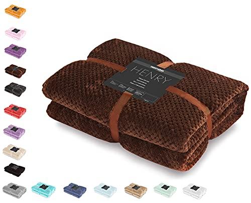 DecoKing Kuscheldecke 70x150 cm braun Decke Microfaser Wohndecke Tagesdecke Fleece weich sanft kuschelig skandinavischer Stil Schoko Henry