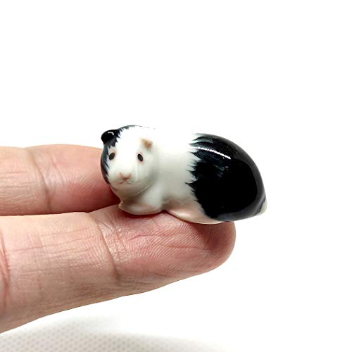 SSJSHOP Guinea Pig Micro Tiny Dollhouse Figurines Hand Painted Ceramic Animals Collectible Gift Home Garden Decor  White Black Squat