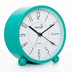FLOITTUY Super Silent 5 Colors Alarm Clock,Beep Wake Round Alarm Clock with Night Light,Battery Operated,Easy Set,Simple & Retro for Desk, Bedroom and Home Decoration(Lake Blue)