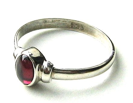 Shanya 925 Sterling Silver Ethnic Ring Red Garnet. Stone size is 5 X 7 mm. Handcrafted Jewellery - Beautiful Gift. UK Size L.