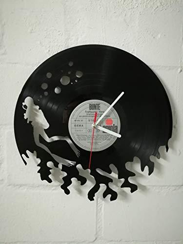 Wanduhr aus Vinyl Schallplattenuhr mit Taucher Motiv upcycling design Uhr Wand-deko vintage-Uhr Wand-Dekoration retro-Uhr