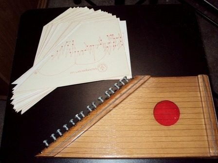 Psaltery-harp with 15 Strings