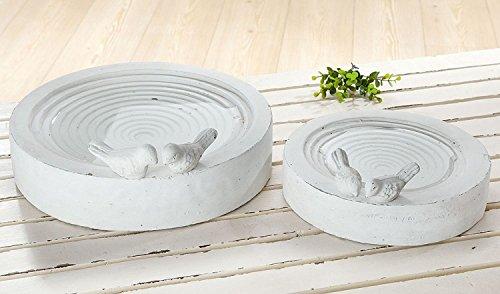 Gilde vogelbad Arena antiek wit geveegd, met 2 vogels van cement