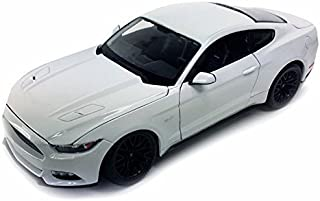 2015 Ford Mustang GT, White - Maisto 31508W - 1/24 scale diecast model car by Maisto [並行輸入品]
