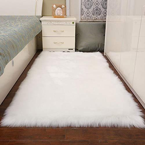 TopSpitgo Faux Lammfell Schaffell Teppich Weiß (90 X 60 cm) Long-Hair in Super weich Lammfellimitat Matten | Wohnzimmer Schlafzimmer Kinderzimmer | Als Faux Bett-Vorleger oder Matte für Stuhl Sofa