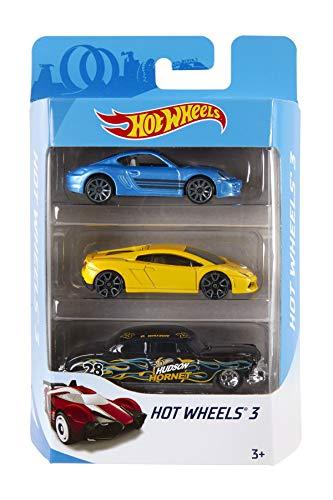 Hot Wheels K5904 3er Pack 1:64 Die-Cast Fahrzeuge Geschenkset, je 3 Spielzeugautos, zufällige Auswahl, ab 3 Jahren