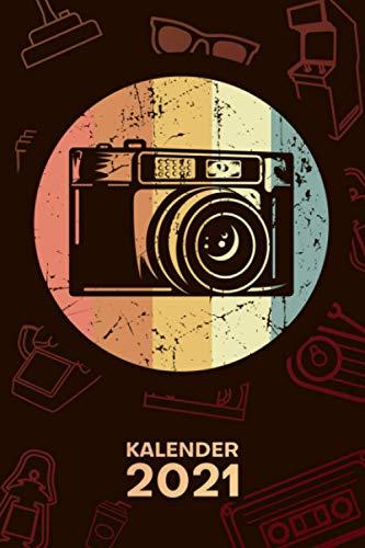 KALENDER 2021 A5: für Fotograf - Vintage Kamera Terminplaner mit DATUM - Retro Organizer für Termine - Wochenplaner von Januar bis Dezember - 1 Woche auf 2 Seiten mit Kalenderwoche