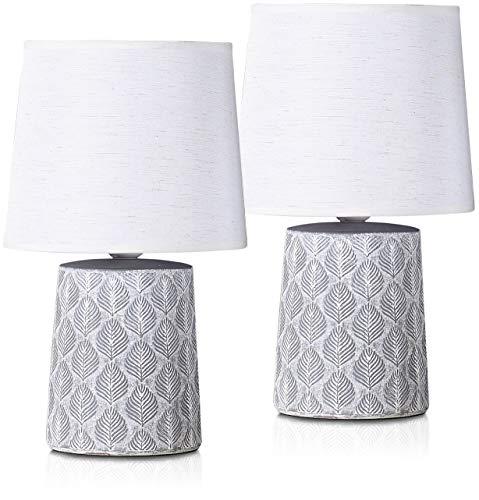 BRUBAKER Set de 2 Lámparas de Mesa o de Noche - 33 cm - Gris - Pies de Lámpara de Cerámica - Adornos de Hojas - Pantallas de Lino Blanco