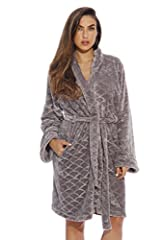 EXPERIENCE SUPREME COMFORT: Designed using the finest ultra-soft velour, this house robe for women makes for absolutely comfortable nightwear. Pair it with your favorite pjs or lounge clothes and enjoy the snug warmth and seductive feel on your ski...