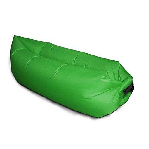 Generico divano–letto ad aria gonfiabile, verde scuro
