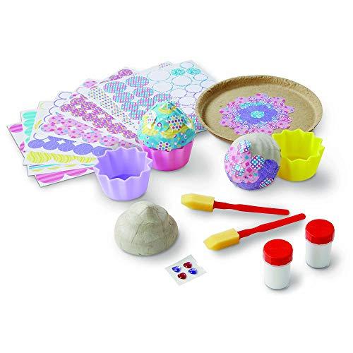 Melissa & Doug Decoupage Fácil – Set para la Decoración de Pastelitos de Papel Maché con Pegatinas, Artes y Manualidades para Niños (3 Cajitas de Abalorios)