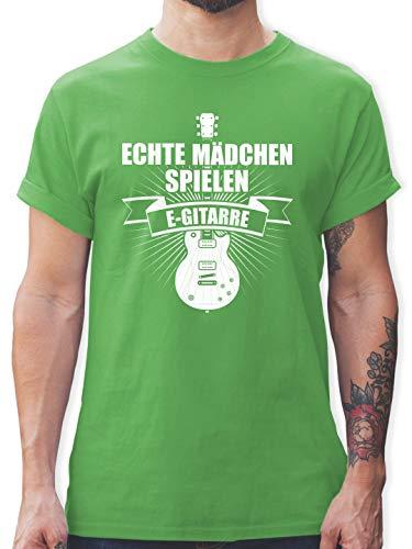 Instrumente - Echte Mädchen Spielen E-Gitarre - M - Grün - L190 - Tshirt Herren und Männer T-Shirts