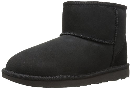 UGG Kid's Female Classic Mini II Classic Boot, Black, 5 (UK)