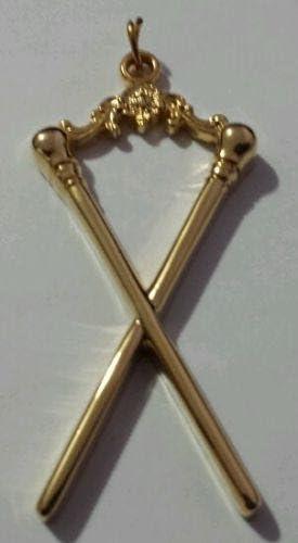 Masonic Master of Ceremonies Collar Jewel in Gold Tone