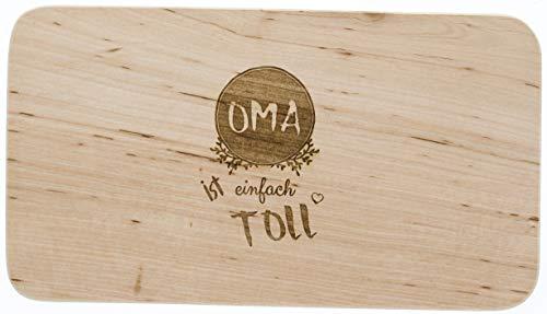 LASERHELD Brotzeitbrett Holz Erle, Oma ist einfach toll, Oma, Schneidbrett Holz, Geschenkidee für Oma