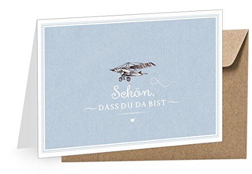 1 Grußkarte Glückwunschkarte Babykarte Klappgrußkarte zur Geburt Taufe + 1 Umschlag BRAUN/Kraftpapier • Mit Flugzeug in BLAU im Retro Vintage Style