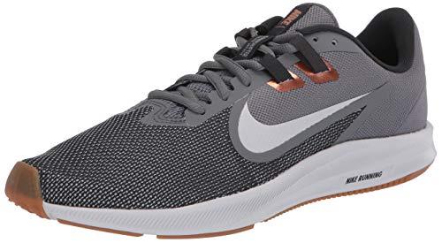Nike Downshifter 9, Zapatillas para Correr para Hombre, Smoke Grey/Photon Dust/Dk Smoke Grey/Mtlc Copper/Gum Med Brown/Particle Grey, 40 EU
