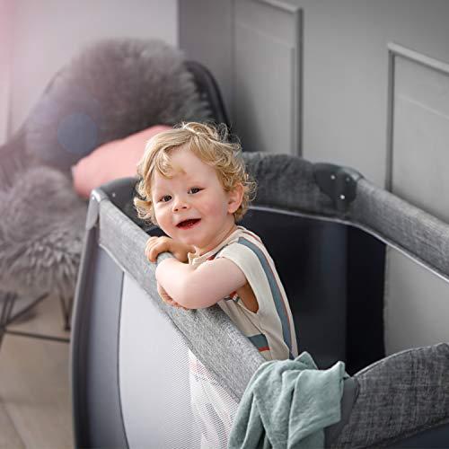 Hauck Play'n Relax Center Reisebett, 7-teiliges, ab Geburt bis 15 kg, faltbar und kippsicher, mit Neugeborenen Einhang, Wickelauflage, seitlicher Ausstieg, Netztasche, Räder, Transporttasche, grau - 22