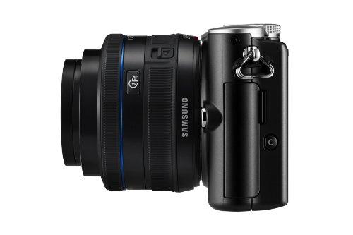 Samsung NX100 Systemkamera (14,6 Megapixel, 7,6 cm (3 Zoll) Display, HD Video, Bildstabilisation) inkl. 20-50 mm i-Function Objektiv schwarz