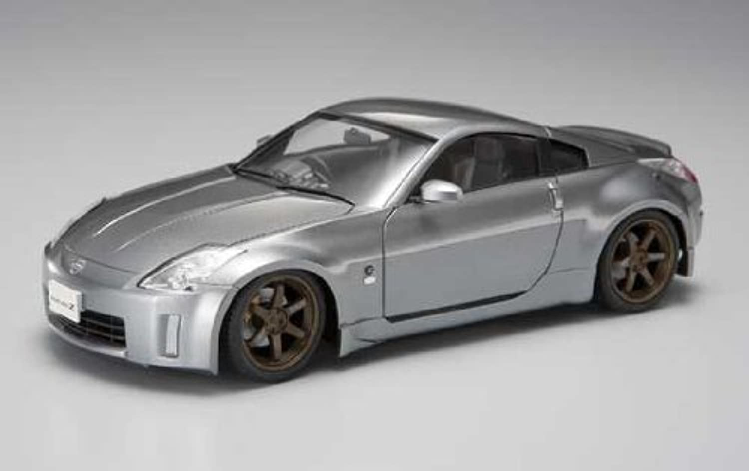1 24 05 Nissan Fairlady Z-33 Late Version (japan import)