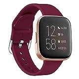 Oihxse Silicona Ajustable Correa Compatible con Fitbit Versa/Versa Special Edition/Fitbit Versa 2/Versa Lite Watch Deportivo Suave Reemplazo Delgada Pulsera Accesorio Mujer Hombre (Rojo,S)