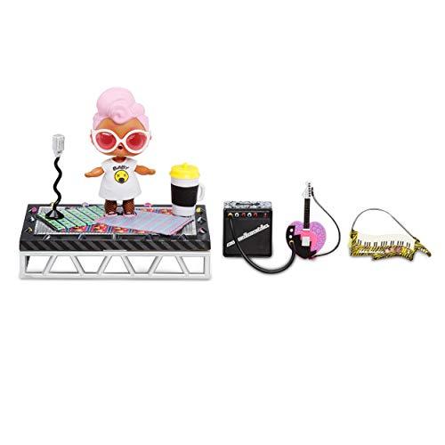L.O.L. Surprise! Furniture 564935E7C, pacchetto con accessori per festival musicale con Grunge Grrrl e oltre 10 sorprese, multicolore