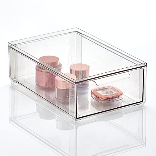 mDesign Organizador de maquillaje para el cuarto de baño – Cajonera apilable hecha de plástico – Práctica caja de almacenamiento para ordenar artículos del baño – transparente