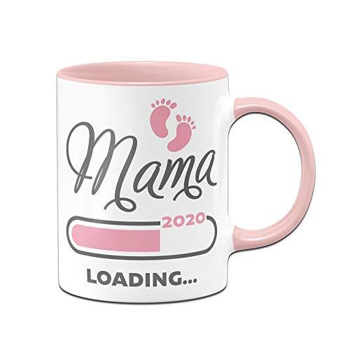 Tassenbrennerei Tasse mit Spruch Mama Loading 2020 Geschenk für Schwangere, werdende Mütter (Rosa)