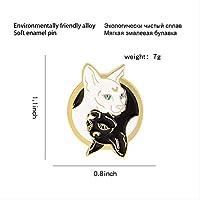猫のピンブラックホワイト2つのキティ魔女魔術魔法の猫動物のジュエリーバッジブローチ子供のための社章