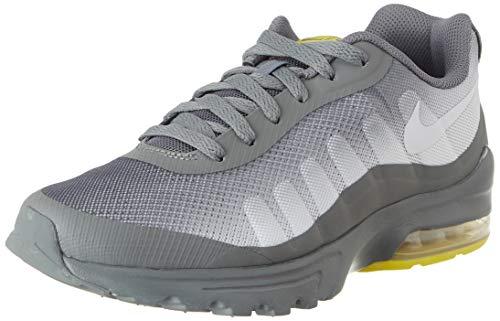 Nike Air Max Invigor, Scarpe da Corsa Uomo, Smoke Grey/White/Opti Yellow, 43 EU