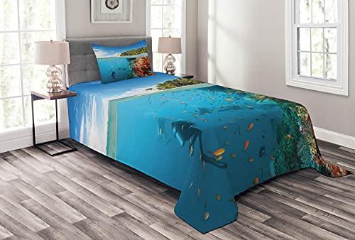 ABAKUHAUS Bunt Tagesdecke Set, Taucher in Korallenriff-Bild, Set mit Kissenbezügen Weicher Stoff, 170 x 220 cm, Azurblau & Multicolor